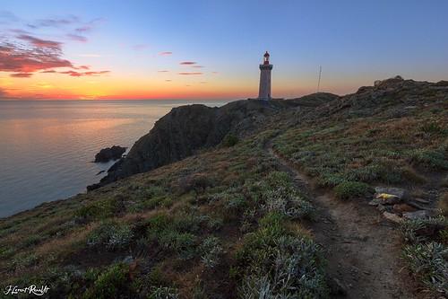 bear sea mer lighthouse seascape france nature sunrise landscape soleil marin cap maritime paysage phare lever méditerranée pyrénéesorientales