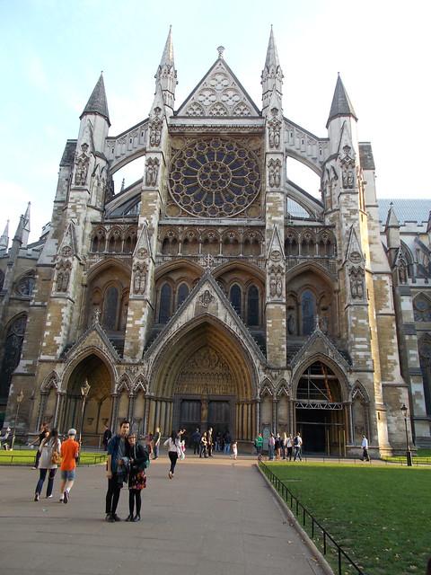 LONDON 1071