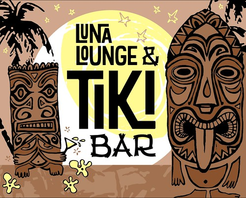 Luna Lounge and Tiki Bar signage