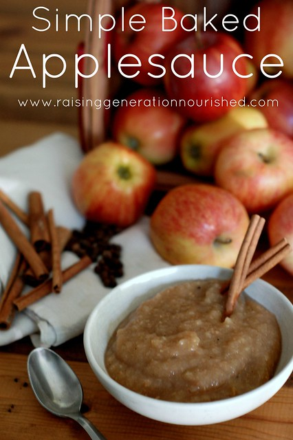 Simple Baked Applesauce