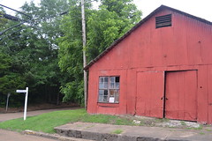 030 Old Barn, Carrollton MS