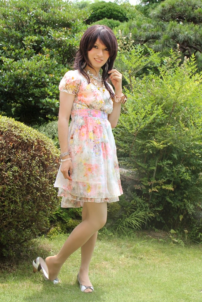 Early Summer Day With My Favorite Floral Dress  Saki -9198
