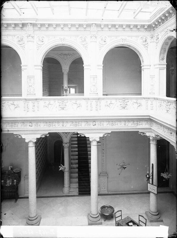 Hotel Castilla a comienzos del siglo XX. Fotografía de J. Lacoste © MECD, Fototeca del IPCE, signatura VN-22678_P