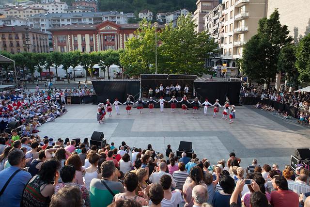 2014-06-13_dantzari-eguna_Eibar_0973_IZ