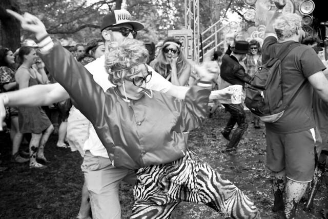346/365 - Dancing Granny