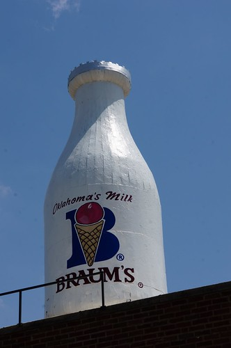 Braum's Milk Bottle Building - Oklahoma City, Oklahoma