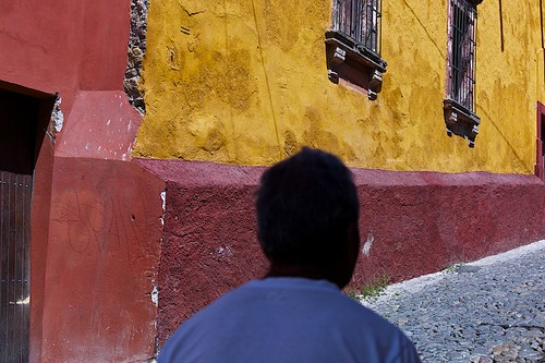 street leica city travel urban man color texture silhouette contrast mexico colorful mood streetphotography rangefinder sanmigueldeallende guanajuato walls