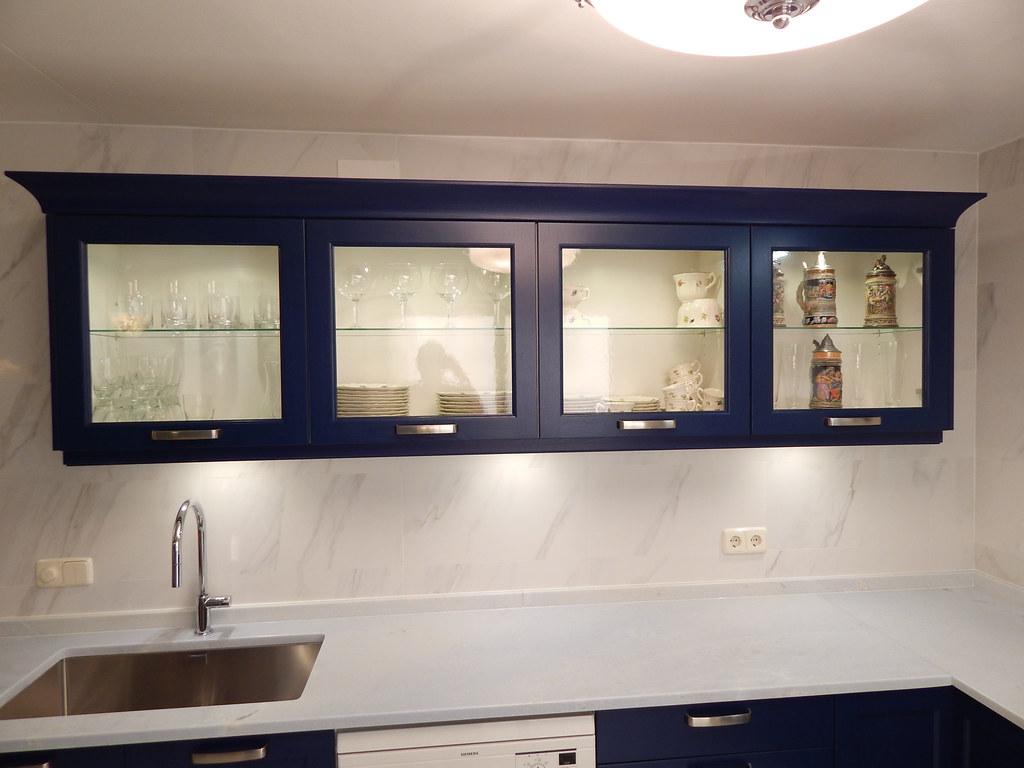 Muebles de cocina modelo bristol - Vitrina cocina ...