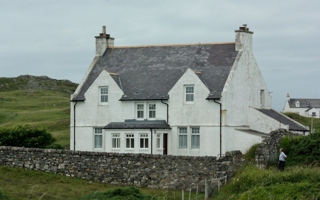 Higlands Whitewashed houses
