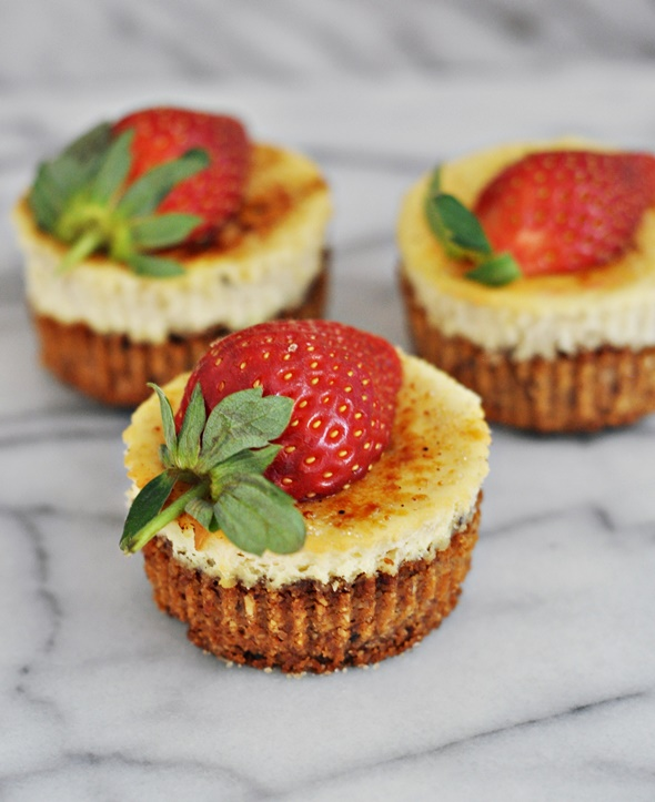 Gluten Free Banana Cheesecake | www.fussfreecooking.com