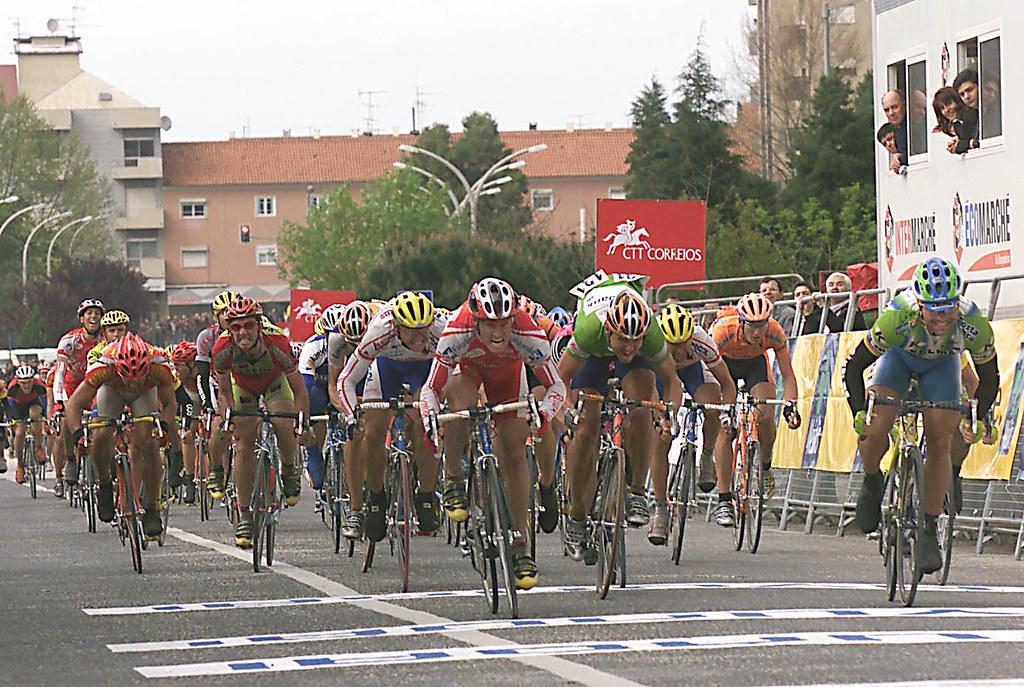 Galvez Lopez vince la 2° tappa del G.P. dos Mosqueteiros 2001