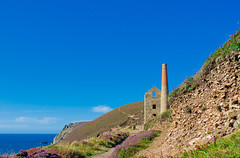 Walking near St Agnes - Towanroath shaft, Wheal Coates, St Agnes, Cornwall (1 of 3)