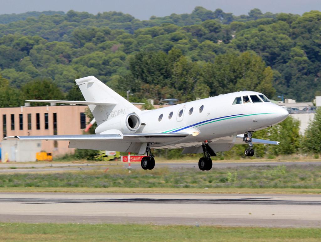 Dassault Falcon (Mystère) 20 15111981851_4c4f3de713_b