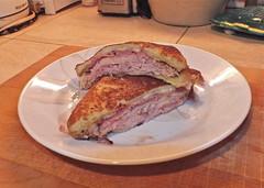 sandwich, meal, corned beef, lunch, breakfast, steak, meat, food, dish, cuisine, roast beef,