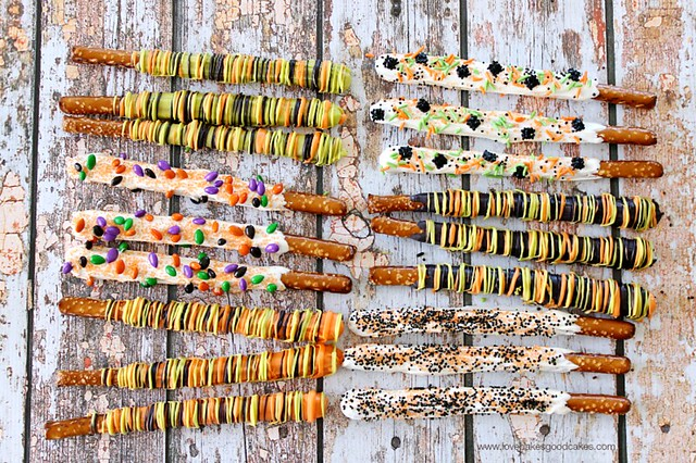 Candy Dipped Pretzel Rods on back drop.