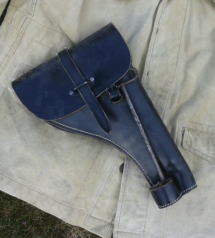 Estimation Pistolet Lance Fusée Allemand : LP42  15340550905_4b7a22dd4a_c