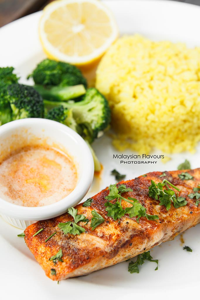 tony-romas-malaysia-fishermans-wharf-salmon-fever