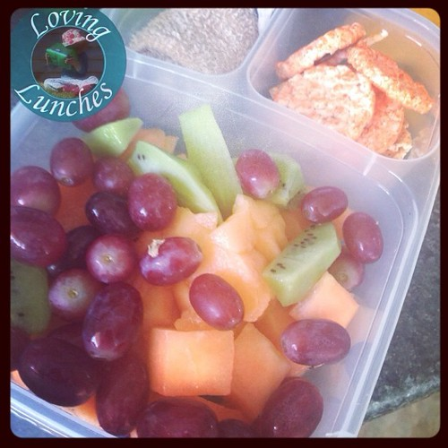 Loving our @easylunchboxes  for #under8sweek celebrations today… cloth, rice cakes and @funbites fruit to share