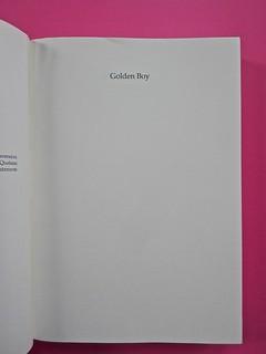 Golden boy, di Abigail Tarttelin. Mondadori 2014. Art director: Giacomo Callo, graphic designer: Susanna Tosatti. Verso della pagina del frontespizio, pag. 5 (part.), 1