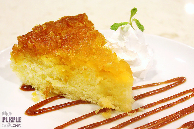 Pineapple Upside Down Cake (P189)