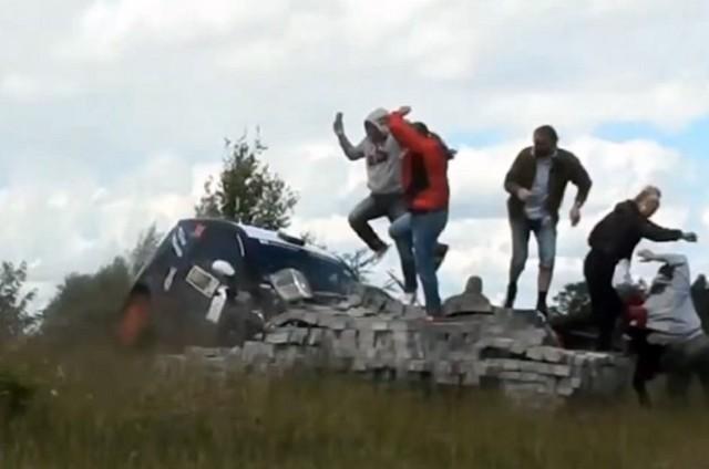 rally-crash