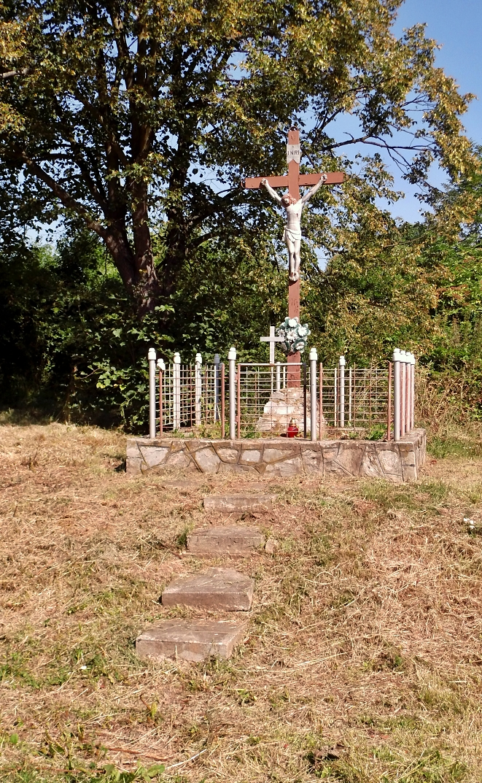 Kríž pri ceste do Klenian