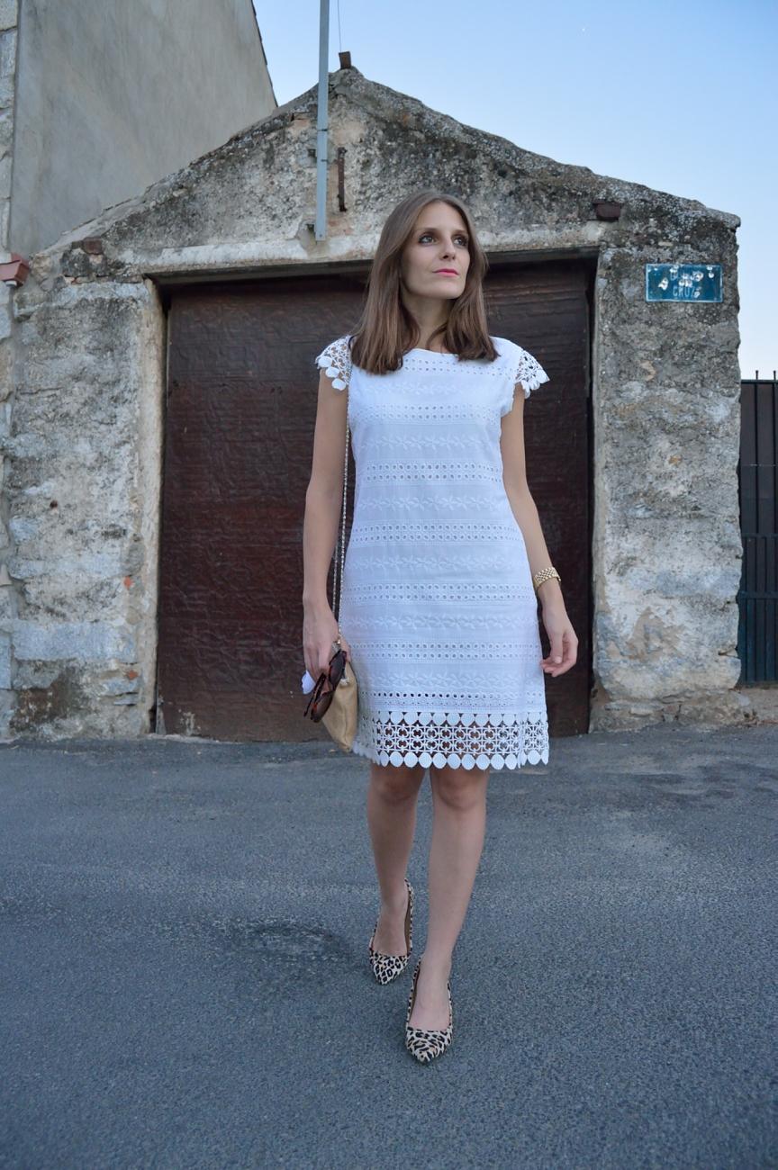lara-vazquez-mad-lula-fashion-style-streetstyle-give-me-some-light-white-dress