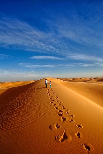 sahara canon algeria walk dunes footsteps 1740mm 6d