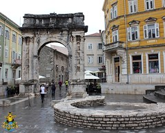 Pula: Arch of the Sergii & remains of the Golden Gate