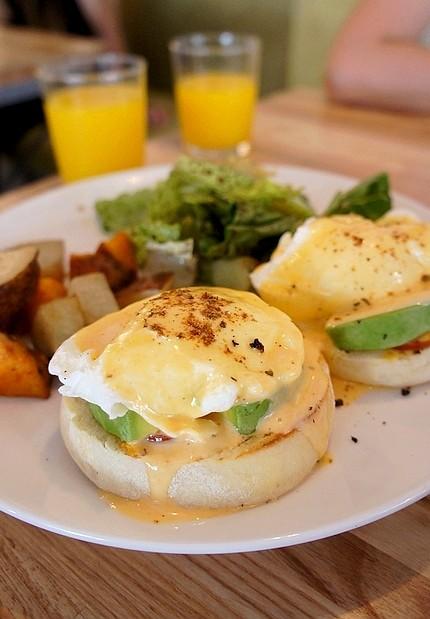 台北東區早午餐咖啡店13版頭