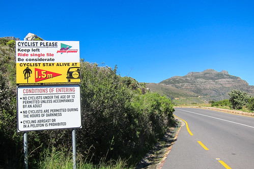 Cycling sign on Chapman's peak drive
