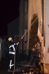 Brennende Mülltonnen am Haus - 13.09.14