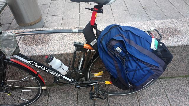 Rucksack pannier bikehack