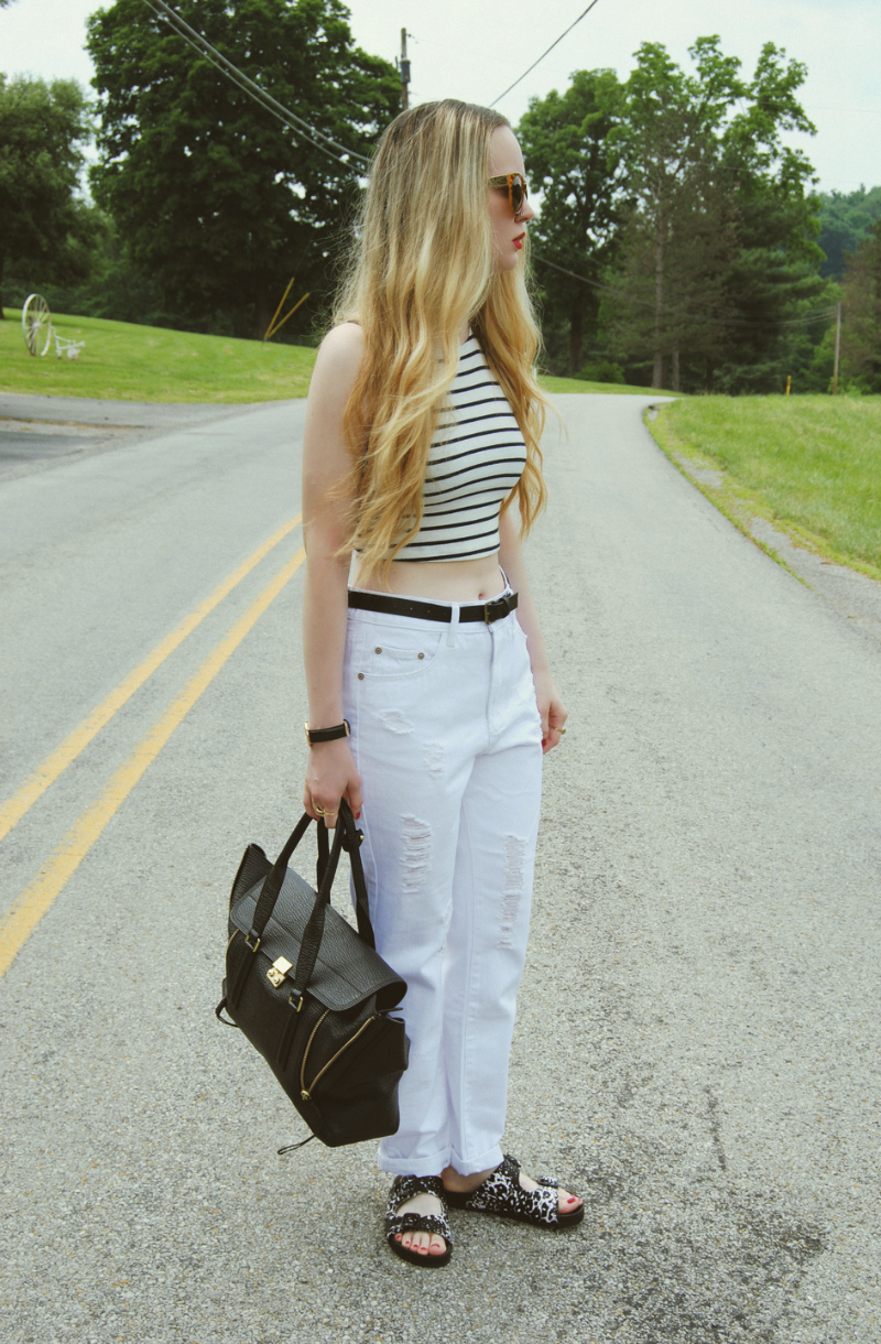 WhiteBoyfriendJeans_SteveMaddenBoundree_PhillipLimPashliBag_StripeCropTop