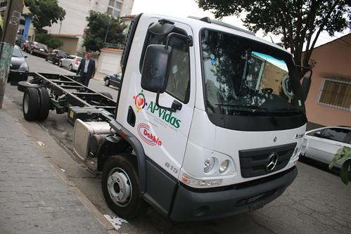 Caminhão doado por um empresário amigo da ICPBB para APVIDAS