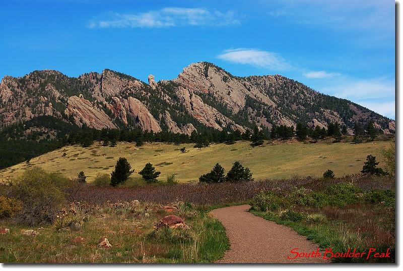 Bear Peak and South Boulder Peak from Towhee trail