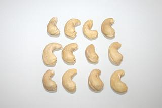 15 - Zutat Cashew-Kerne / Ingredient cashew
