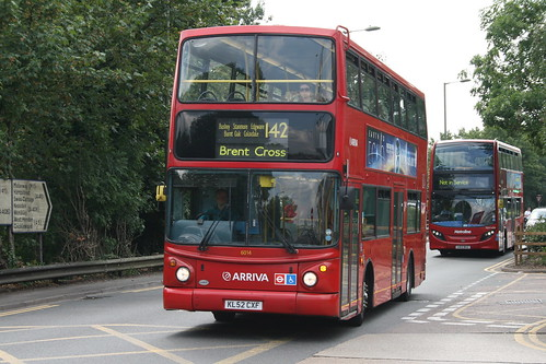 Arriva Shires 6014 on Route 142, Brent Cross