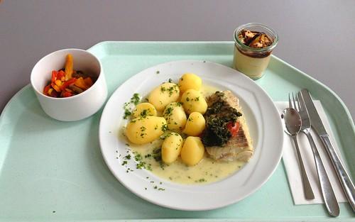 Gedünsteter Seelachs mit Spinat & Kartoffeln / Steamed coalfish with spinach & potatoes
