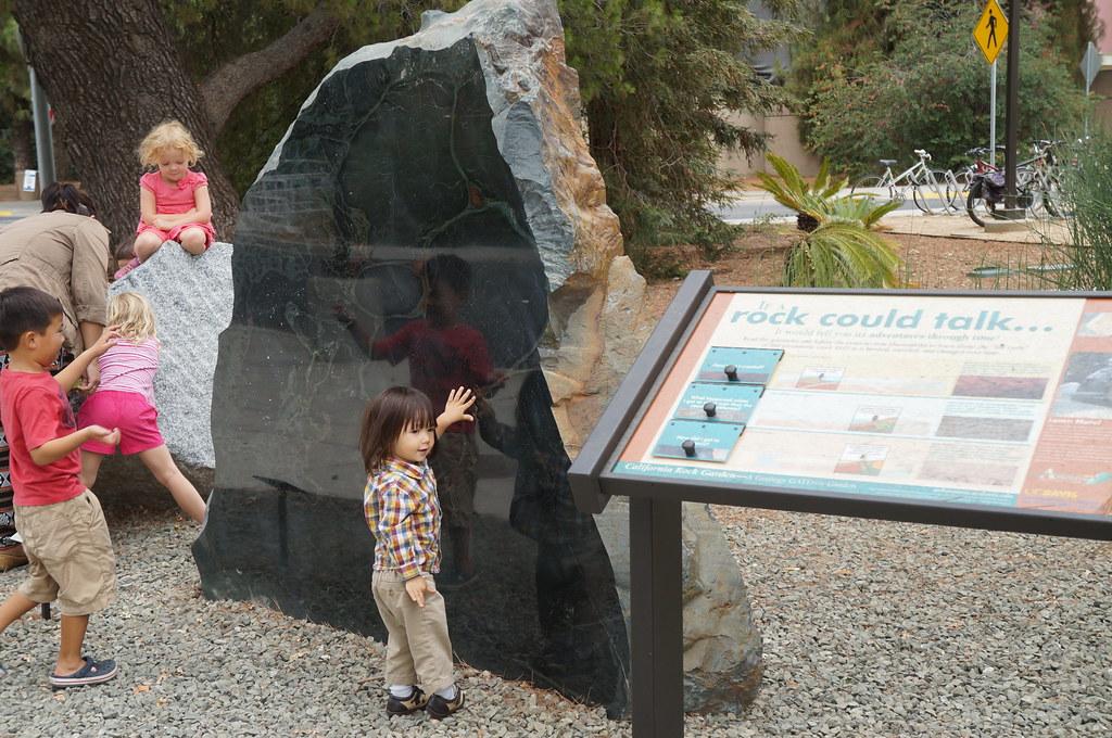 Preschool Student Field Trip to the UC Davis California Rock Garden--a Geology GATEway Garden
