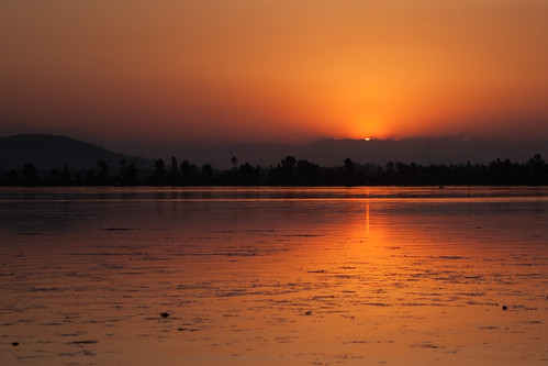 travel sunset india tourism photography photo photographer photos indie srinagar indië geotag indien chetan inde karkhanis dallake indland インド hindistan barato jammuandkashmir 印度 índia הודו sandeepa 인도 intia الهند هندوستان индия ấnđộ індія بھارت индија อินเดีย ינדיאַ chetankarkhanis sandeepakarkhanis sandeepachetan