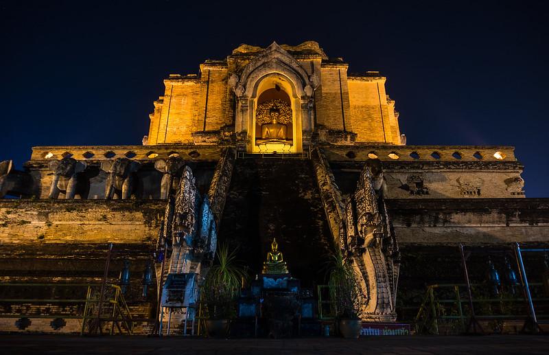 Buddhas, Wat Chedi Luang