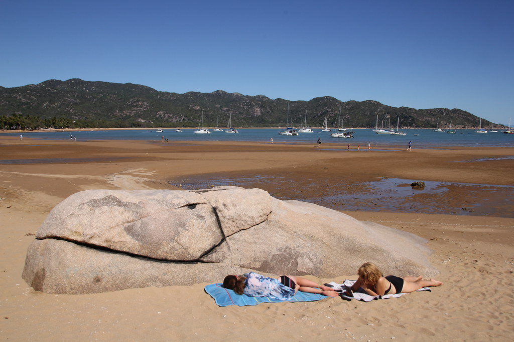 townsville, magnetic island, maggie, maggies beachfront apartments, horseshoe bay, radical bay, florence bay, arthur bay, forts walk, koala