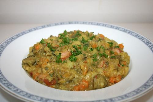 57 - Süß-saurer Kartoffeleintopf / Sweet sour potato hotpot - CloseUp