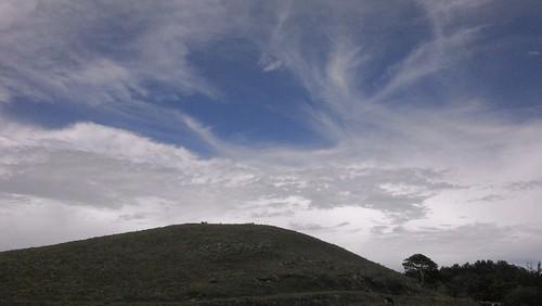 loma & sky