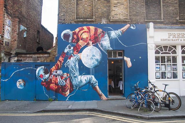 Bricklane - Street Art by Fintan Magee