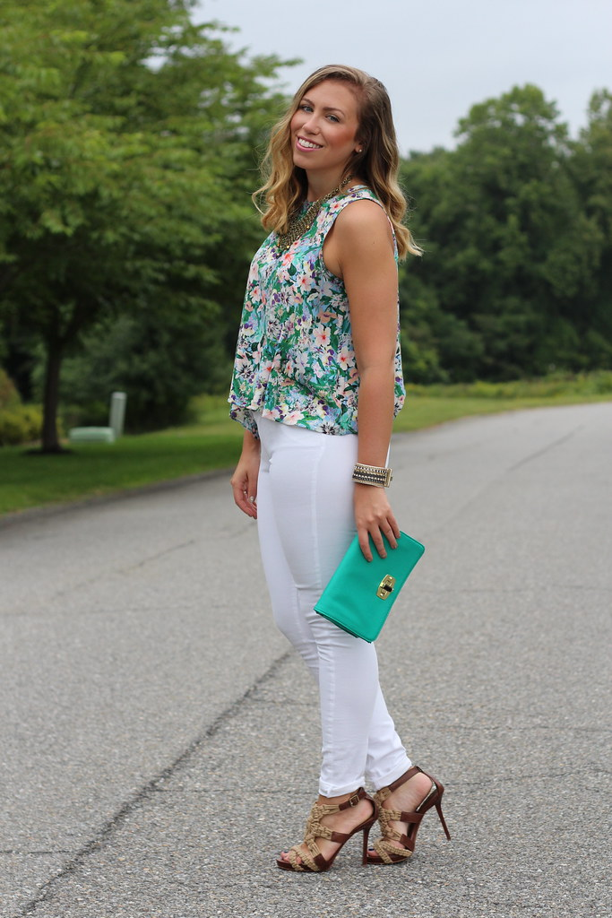 Floral Top | White Jeans | Outfit | #LivingAfterMidnite