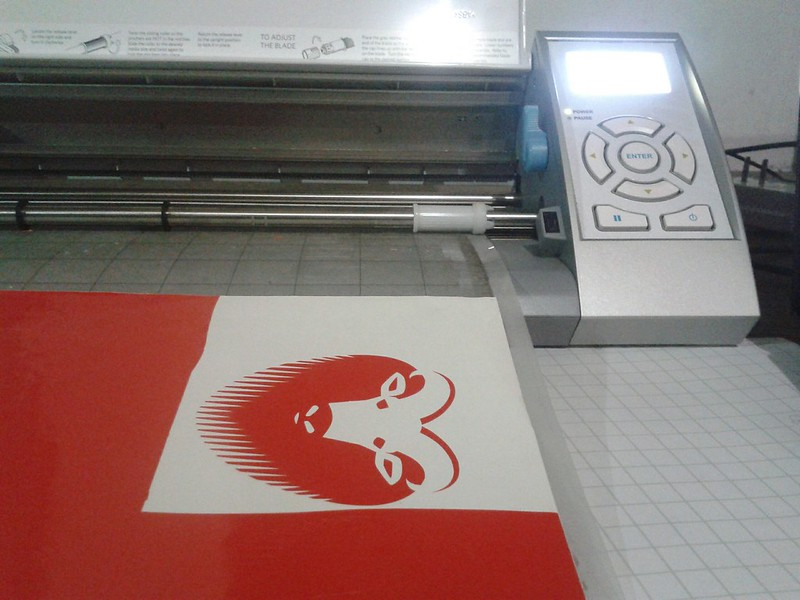 silhouette cameo vinyl cutter plotter on ubuntu linux