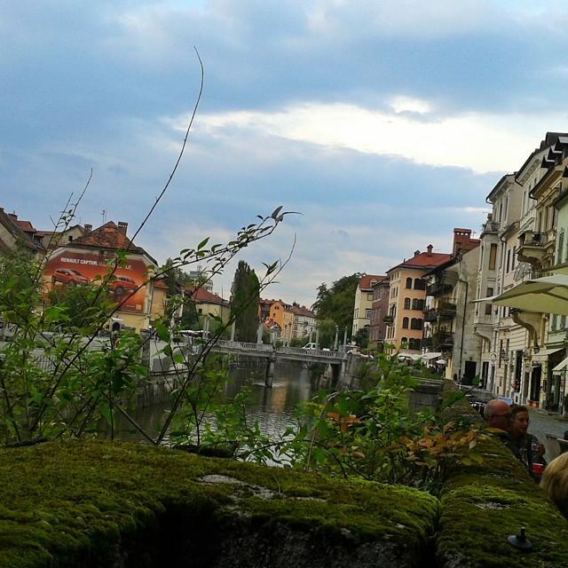 Pilvisen harmaa Ljubljana