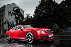 executive car(0.0), bentley continental flying spur(0.0), convertible(0.0), supercar(0.0), automobile(1.0), bentley continental supersports(1.0), wheel(1.0), vehicle(1.0), automotive design(1.0), bentley continental gtc(1.0), bentley continental gt(1.0), sedan(1.0), land vehicle(1.0), luxury vehicle(1.0), bentley(1.0), coupã©(1.0),